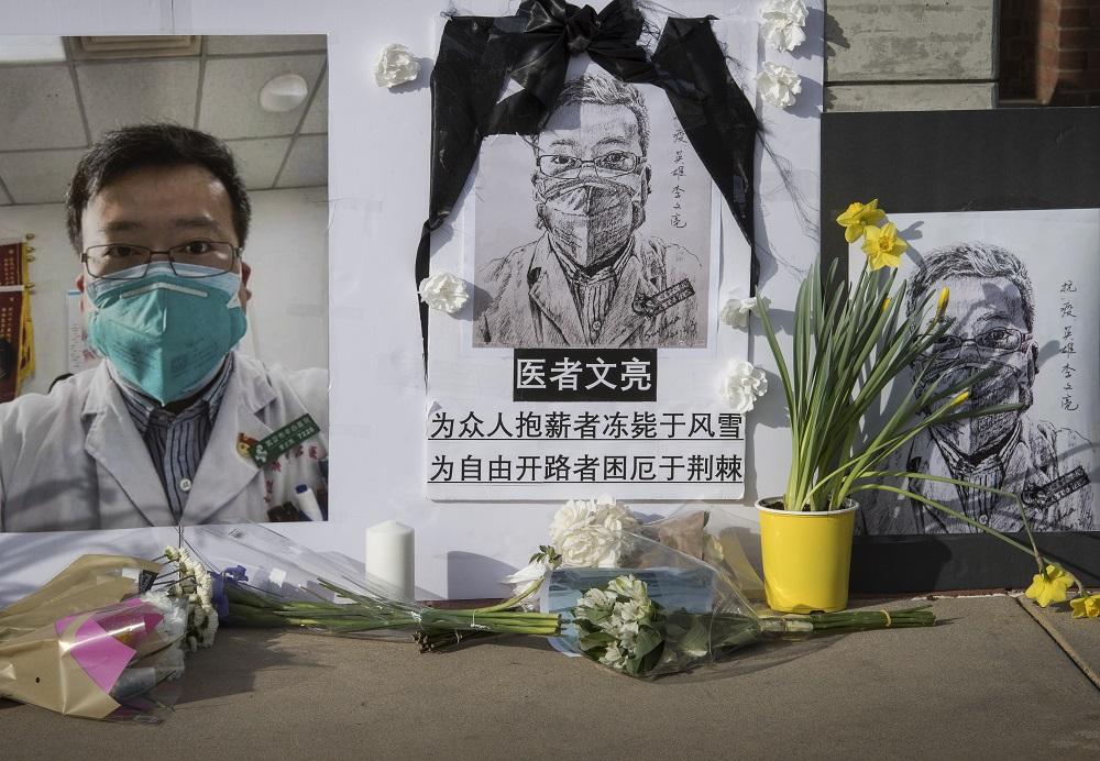 El pueblo al fallecido denunciante de Wuhan: le hicieron una injusticia