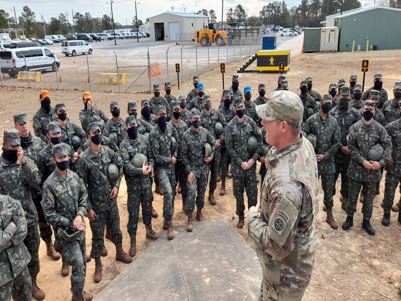 Brazilian Service Members Take Part in Operational Exercise in the US