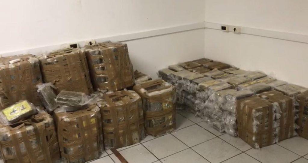 Brazilian Federal Police Seizes Record Cocaine Amount in Rio de Janeiro