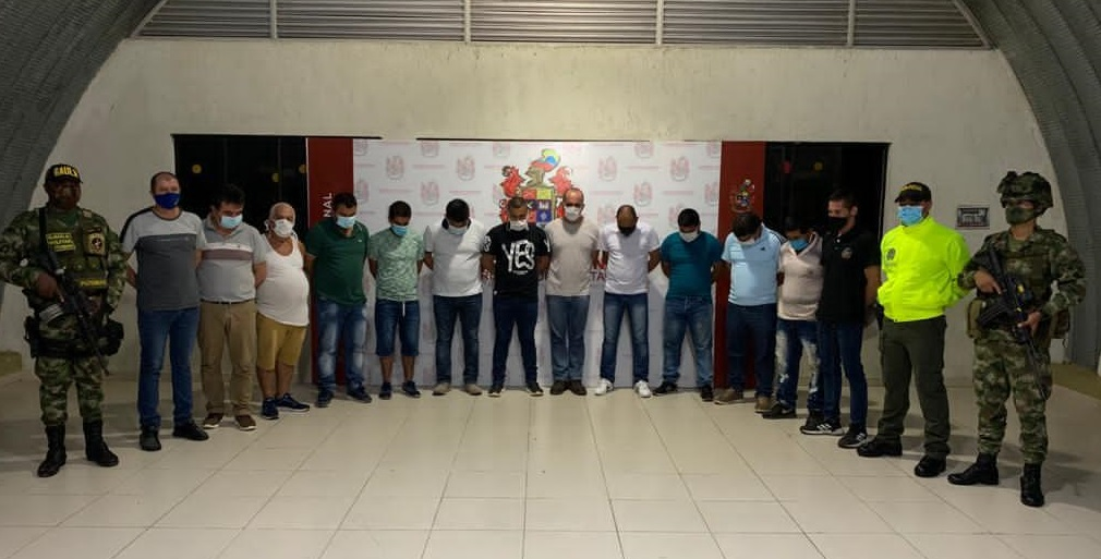 Colombian Army Captures 12 Members of FARC Dissident Group