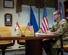 Comandante de la Duodécima Fuerza Aérea (componente aéreo del Comando Sur) de los Estados Unidos se reúne con Comandante General de la FAP