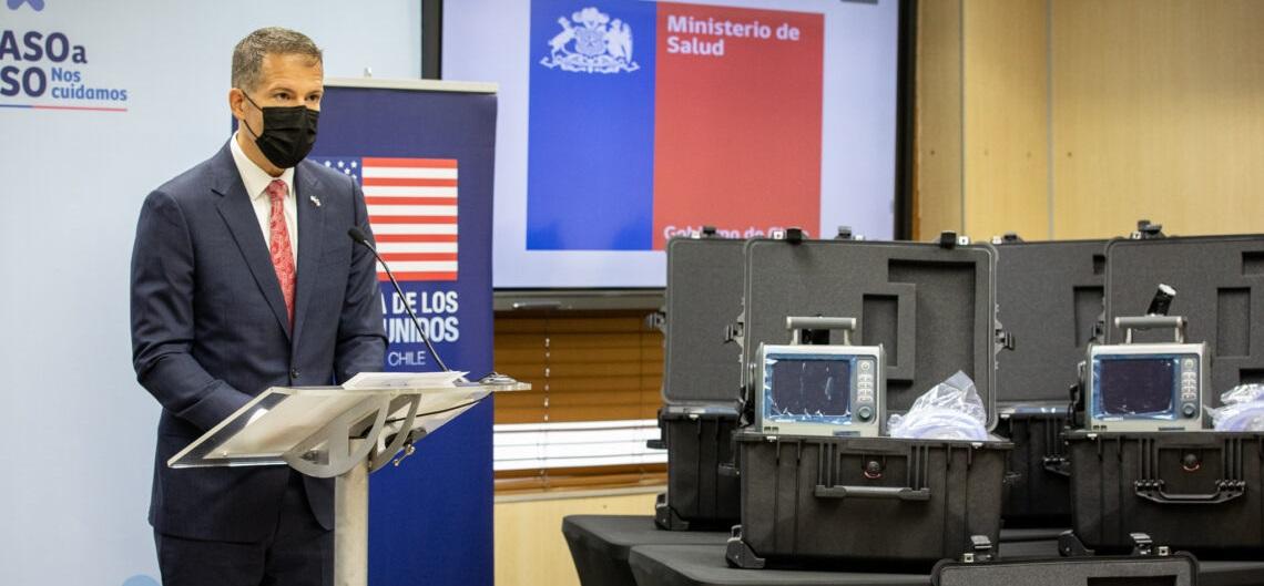 US Donates 8 Ventilators to Chile