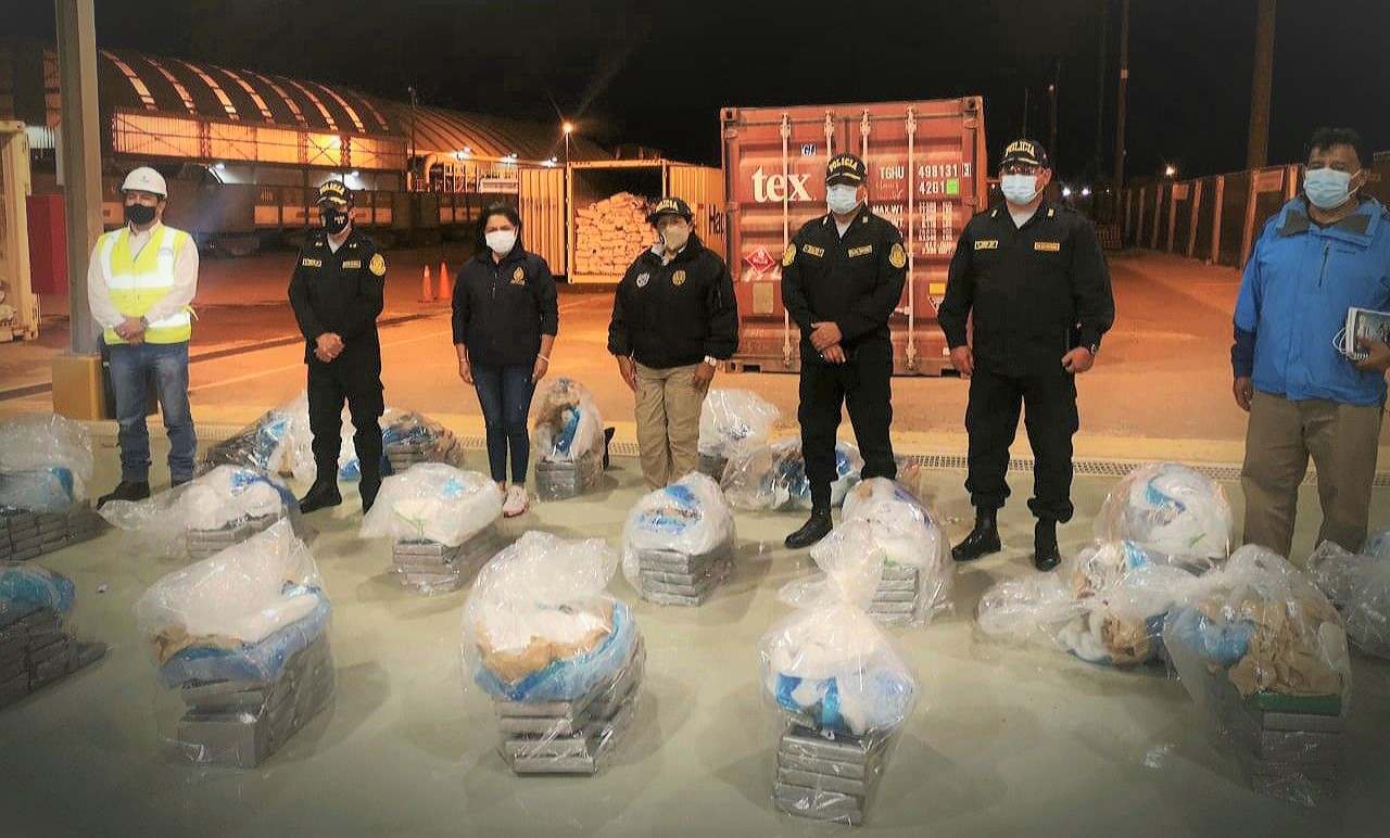 Peru: Police Seizes Nearly 10 Tons of Chemical Precursors for Cocaine Production