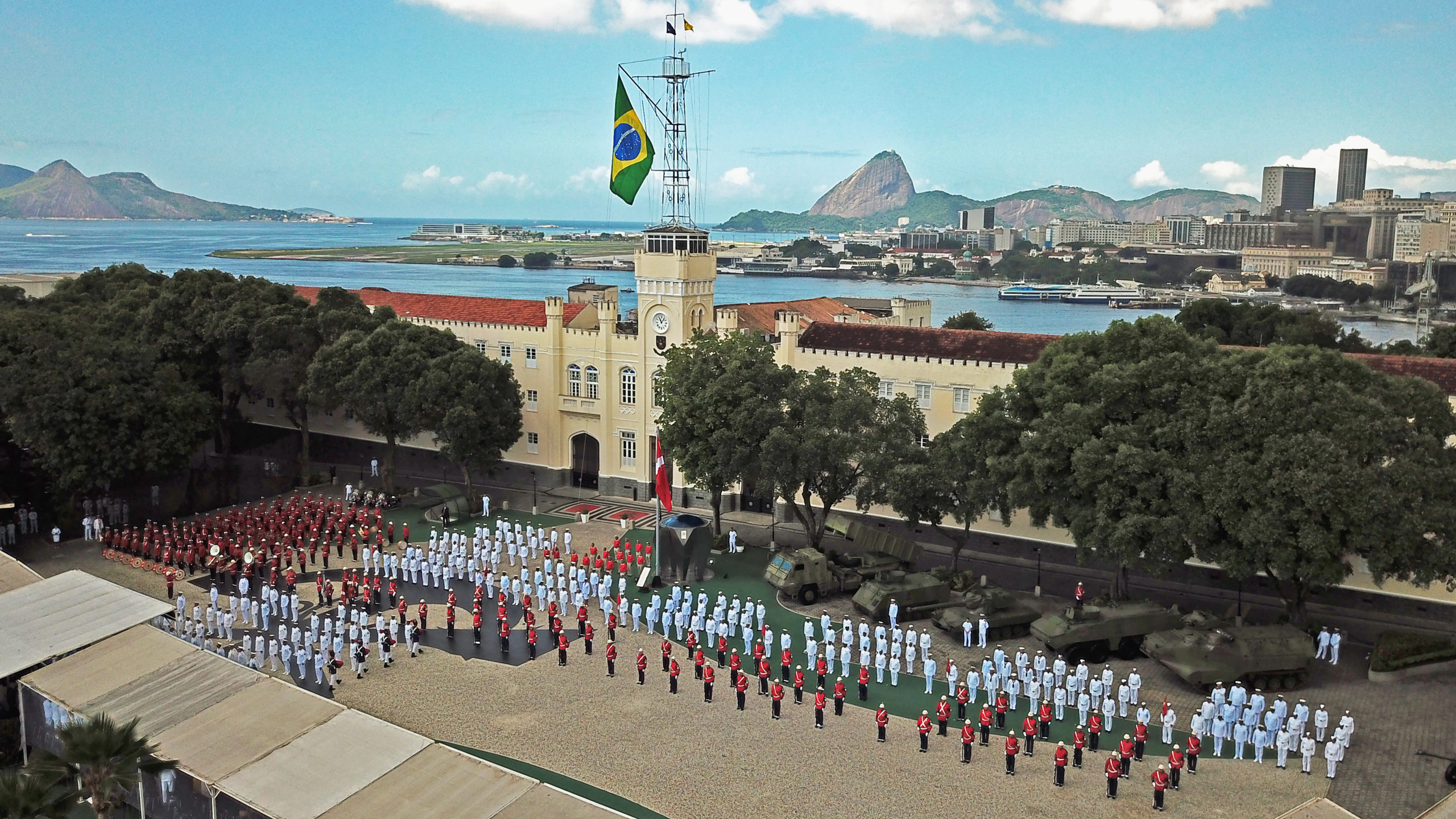 Brazilian Marines Celebrate 213th Anniversary with the Challenge of Reinventing Themselves