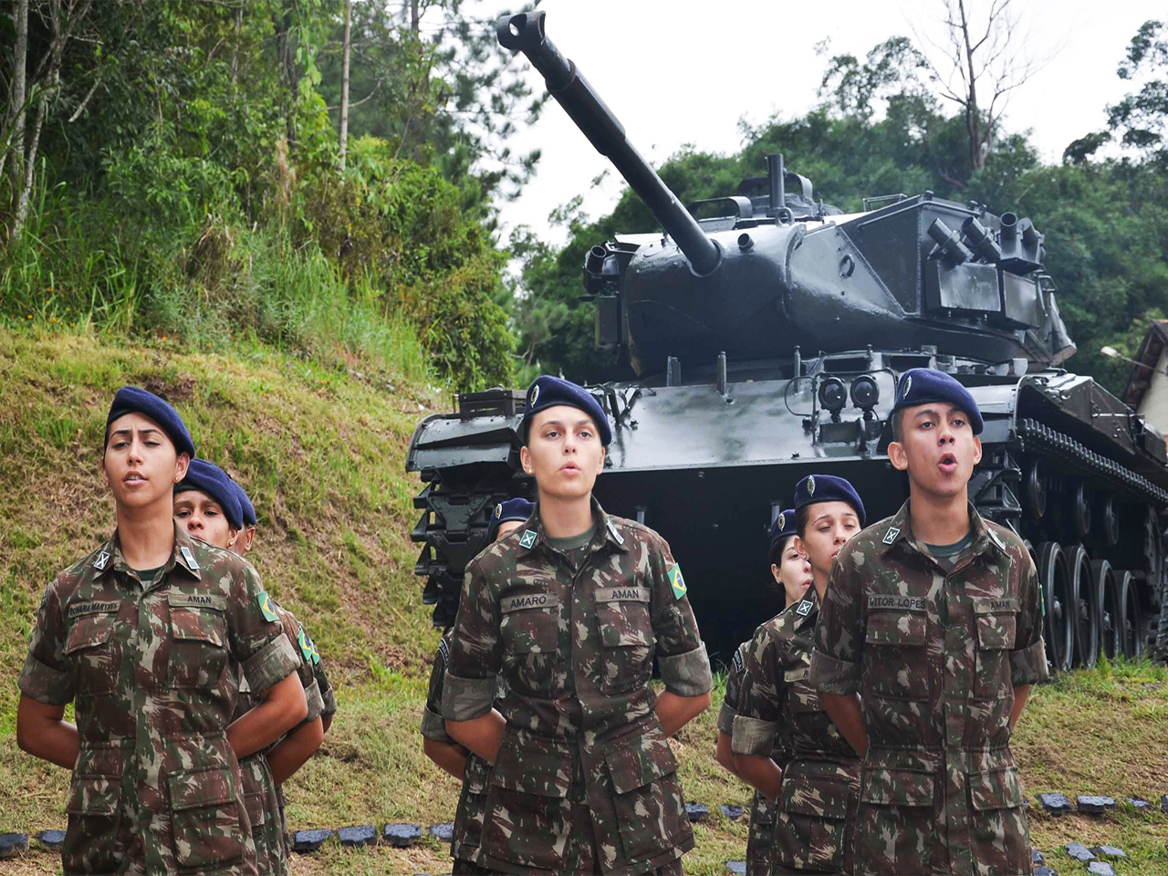 Brazilian Army's First Class of Female Combatants Graduates in 2021