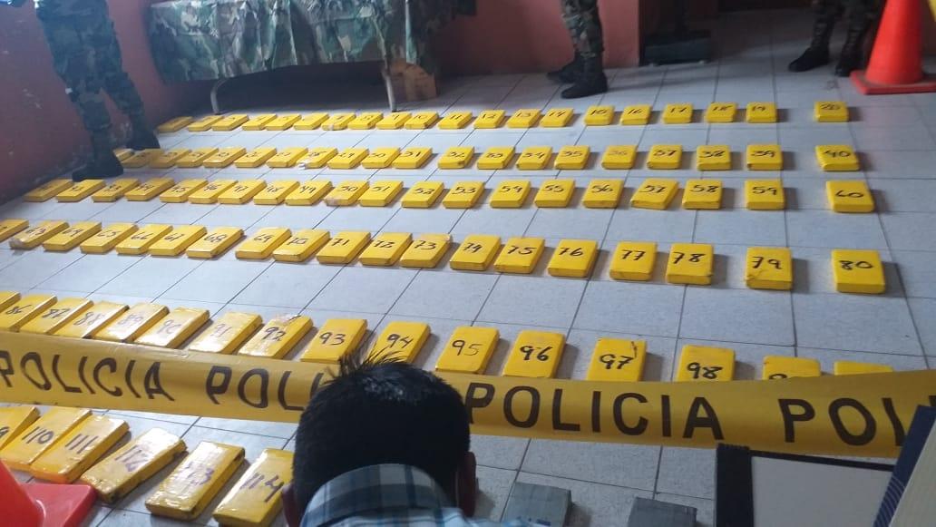 Bolívia: agentes destroem mega laboratório que cristalizava 100 kg de cocaína por dia