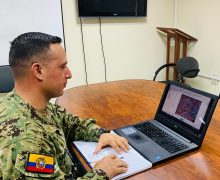 Ecuadorian Navy Service Members Train with Colombian Counterparts