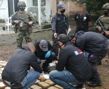 Forças colombianas apreendem 3,4 toneladas de drogas em duas operações