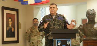 Comandante da Força Aérea de Honduras é incluído no Hall da Fama do WHINSEC
