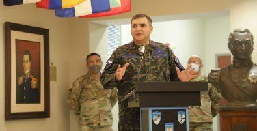 Comandante de la Fuerza Aérea de Honduras, incorporado al Salón de la Fama de WHINSEC