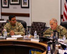 Diálogos de Estado Mayor facilitan ayuda del Ejército de los EE. UU. en transformación y modernización del Ejército del Perú