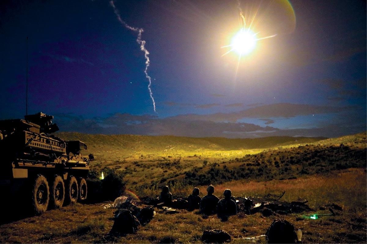 Utilização da Dissimulação Militar em Múltiplos Domínios para Expor o Inimigo em 2035