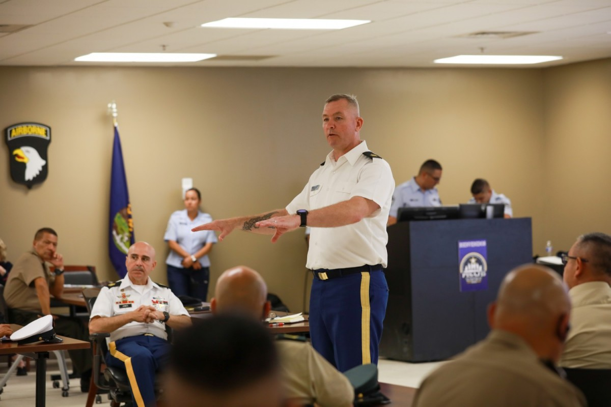 US Army South Hosts Colombian Army Senior Enlisted Leaders during PISAJ Engagement