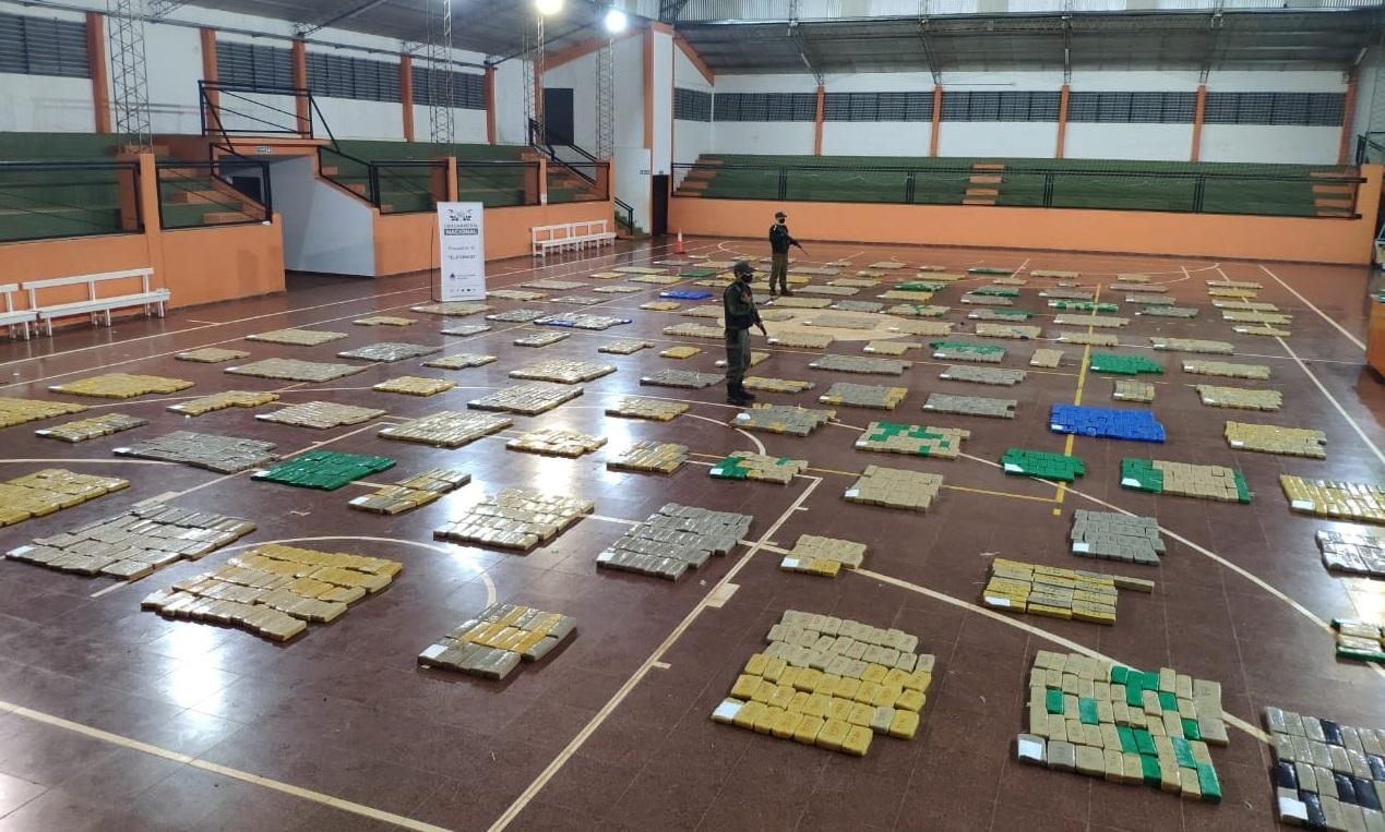 Gendarmaria Argentina apreende mais de 4 toneladas de maconha