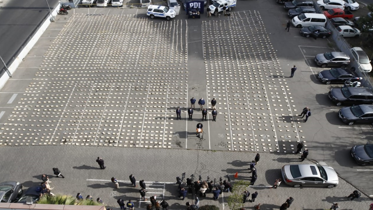 Policía de Chile decomisa más de 3 toneladas de drogas