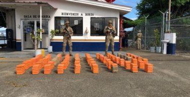 Panamá apreende 2,7 toneladas de drogas em interdições marítimas