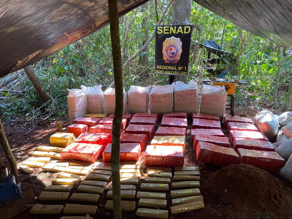 Agentes antidrogas do Paraguai confiscam mais de 18 toneladas de maconha