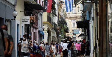 Manifestantes cubanos denuncian escasez y expresan descontento con el gobierno