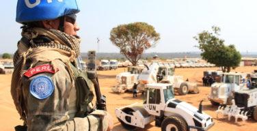 Boinas azuis do Peru contribuem para a paz mundial