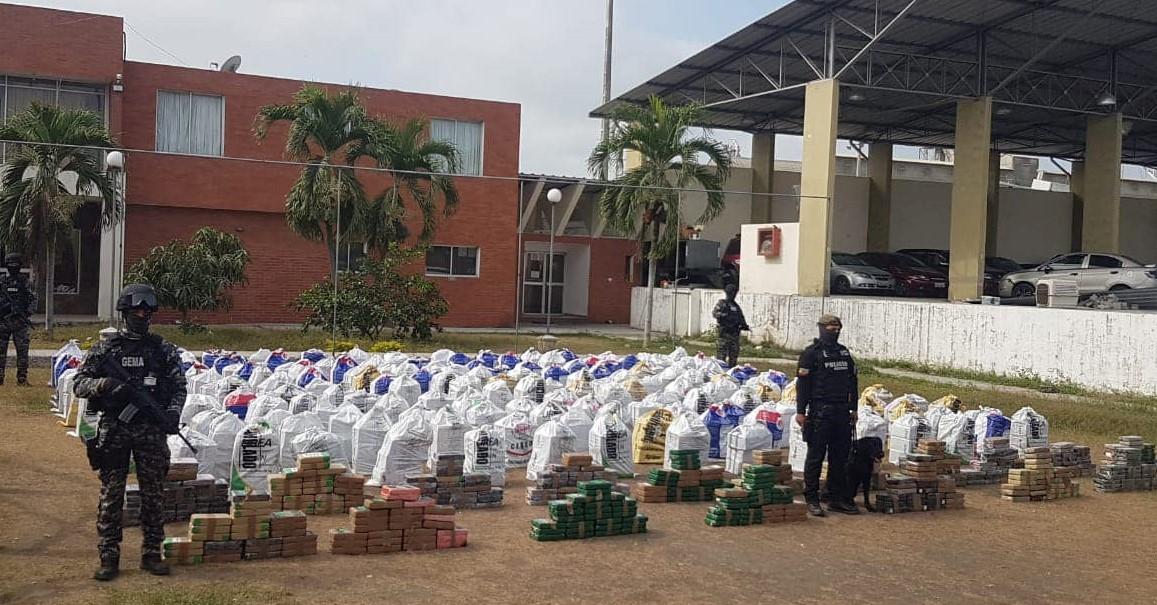 Ecuador incauta casi 10 toneladas de cocaína