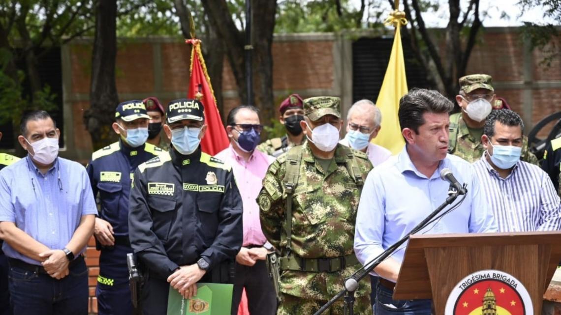 Colombia crea comando contra disidencias de las FARC