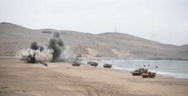 Peru comanda força multinacional em desembarque anfíbio durante o UNITAS LXII
