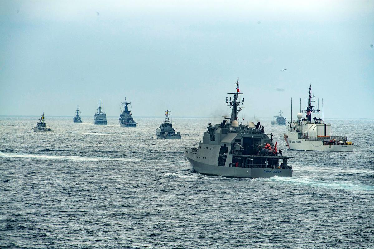 O UNITAS é o mais antigo exercício anual e reúne forças multinacionais de nove países, incluindo Argentina, Brasil, Chile, Colômbia, Equador, Estados Unidos, Peru, República Dominicana e Uruguai. (Foto: Terceiro-Sargento da Marinha dos EUA Allen Michael Amani)