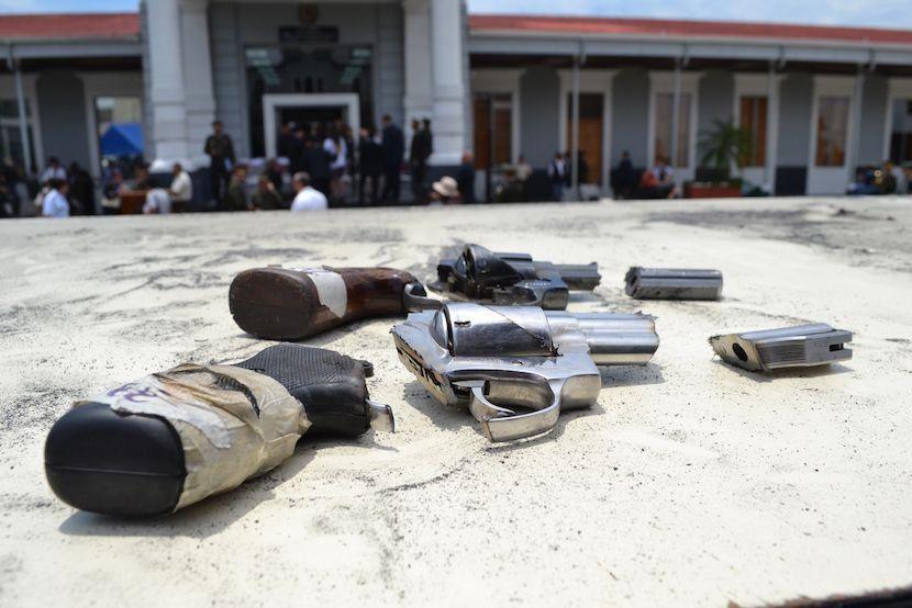 Al menos 5.409 armas ilegales serán destruidas por el personal de la DIGECAM como parte de un programa del organismo judicial para deshacerse de dichos pertrechos utilizados para cometer crímenes. (Foto: Manuel Ordoñez/Diálogo)