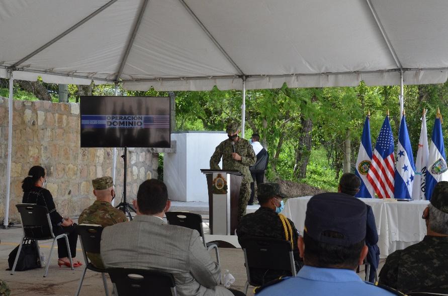 Honduras es una de las más de 20 naciones que trabajan con los EE. UU., con el fin de apoyar operaciones antidrogas para detectar, desarticular y destruir organizaciones criminales transnacionales, salvar vidas y reducir las amenazas del contrabando de drogas. 20 de octubre de 2020. (Foto: SOUTHCOM, página de Twitter)