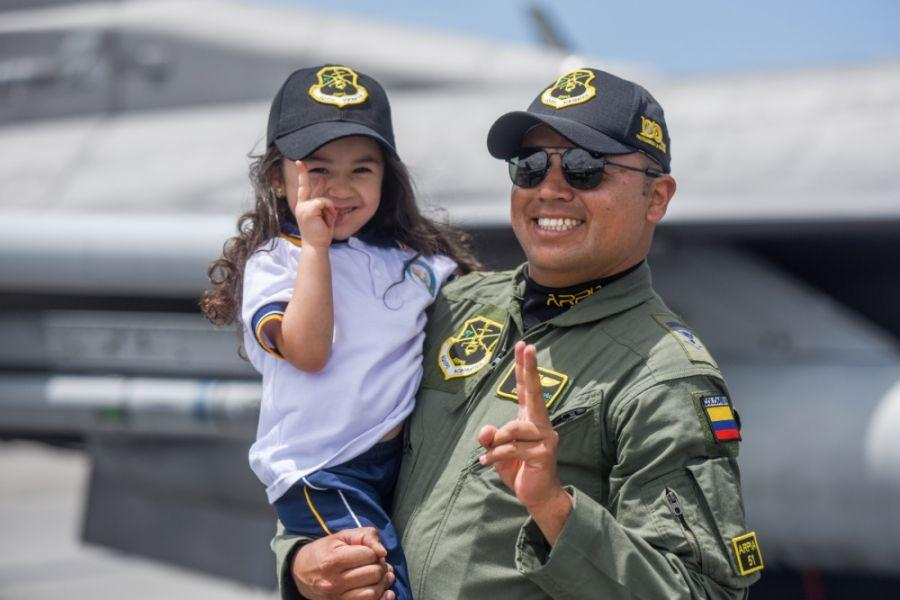 Attendees at F-Air 2019 pose for a photo at José María Córdova International Airport in Rionegro, Colombia, July 11. (Photo: U.S. Air National Guard Staff Sergeant Megan Floyd)
