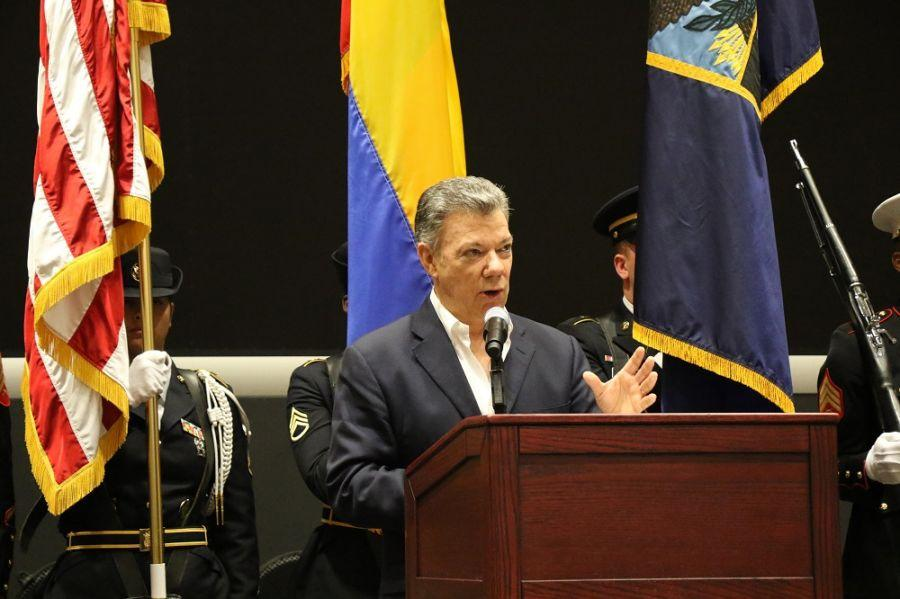 Colombian President Juan Manuel Santos addresses members of U.S. Southern Command during a visit to the military headquarters April 25 to thank its personnel and present the command with the Order of San Carlos Medal for its unwavering support for Colombia's peace and security. (Photo: Jose Ruiz, SOUTHCOM Public Affairs)