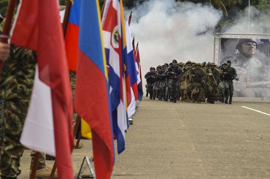 An element of the Panama Police force marches during the Fuerzas Comando opening ceremony. (Photo: U.S. Army Staff Sgt. Brian Ragin)