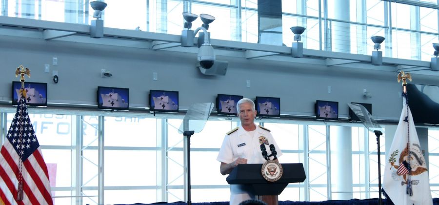"""U.S. Navy Adm. Craig Faller, commander of U.S. Southern Command, during the press conference at the Port of Miami on June 18, 2019, affirmed: """"This multinational, public-private, and multi-service team is what COMFORT is all about: friends and partners working side-by-side to build a stronger neighborhood. [We are] committed to alleviating the extreme human suffering and stress caused by the Venezuelan crisis."""" (Photo: Geraldine Cook, Diálogo)"""
